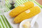 Сколько варить кукурузу в початках свежую – Как правильно и сколько варить кукурузу по времени